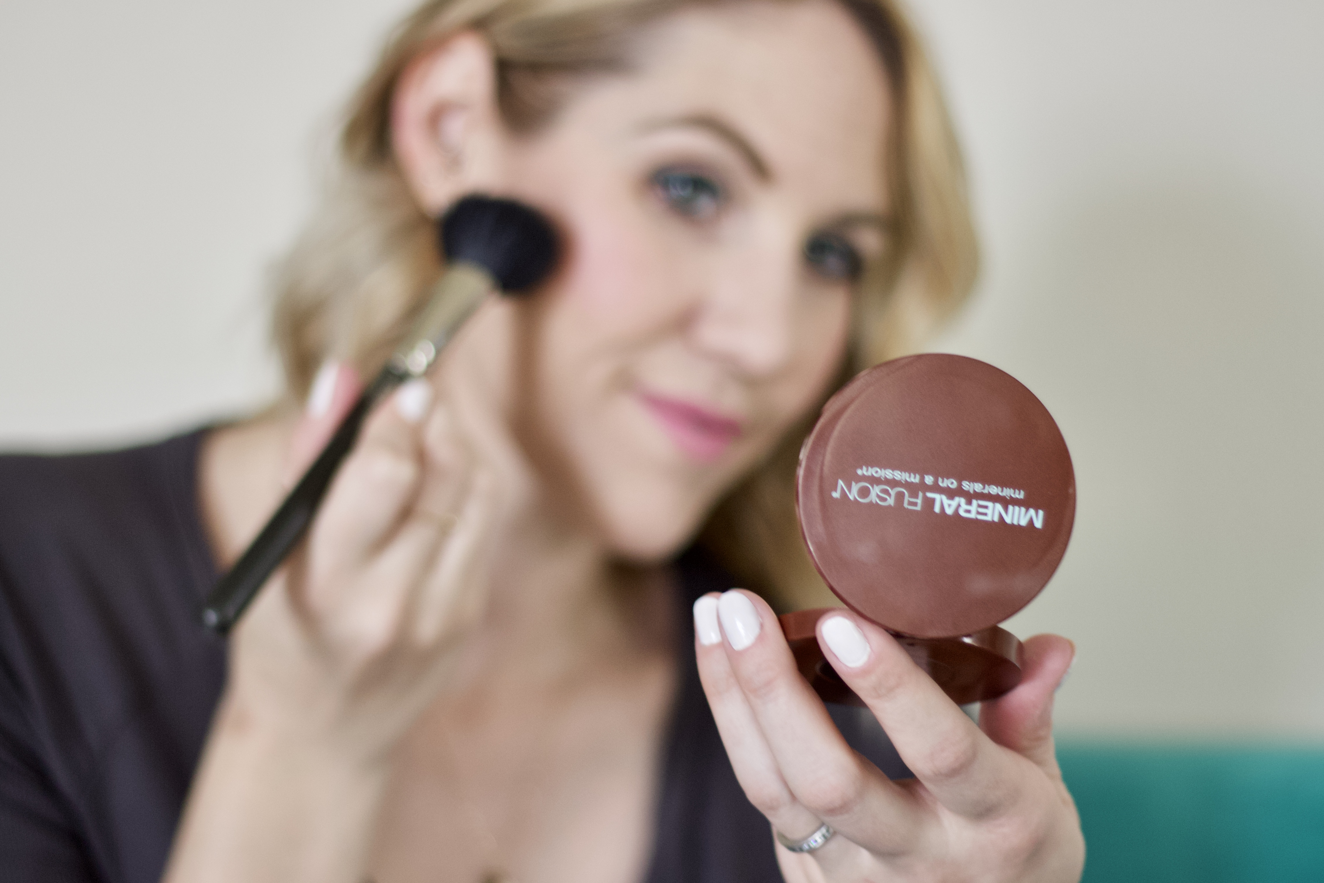 mineral fusion setting power review #mineralfusion #cleanbeauty #makeup
