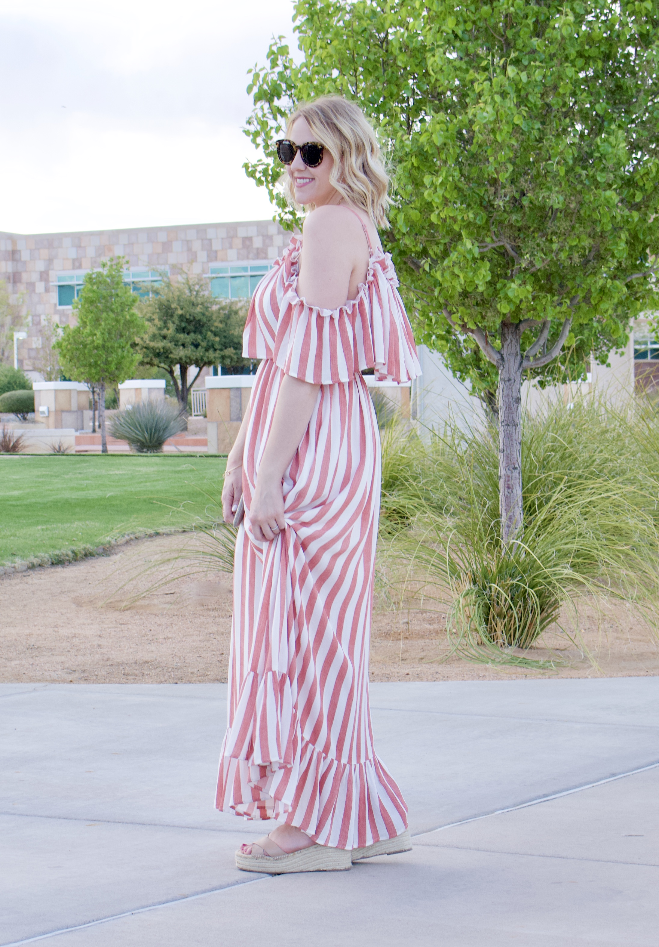 open shoulder maxi dress pink blush #maxidress #springstyle #pinkblush #momstyle