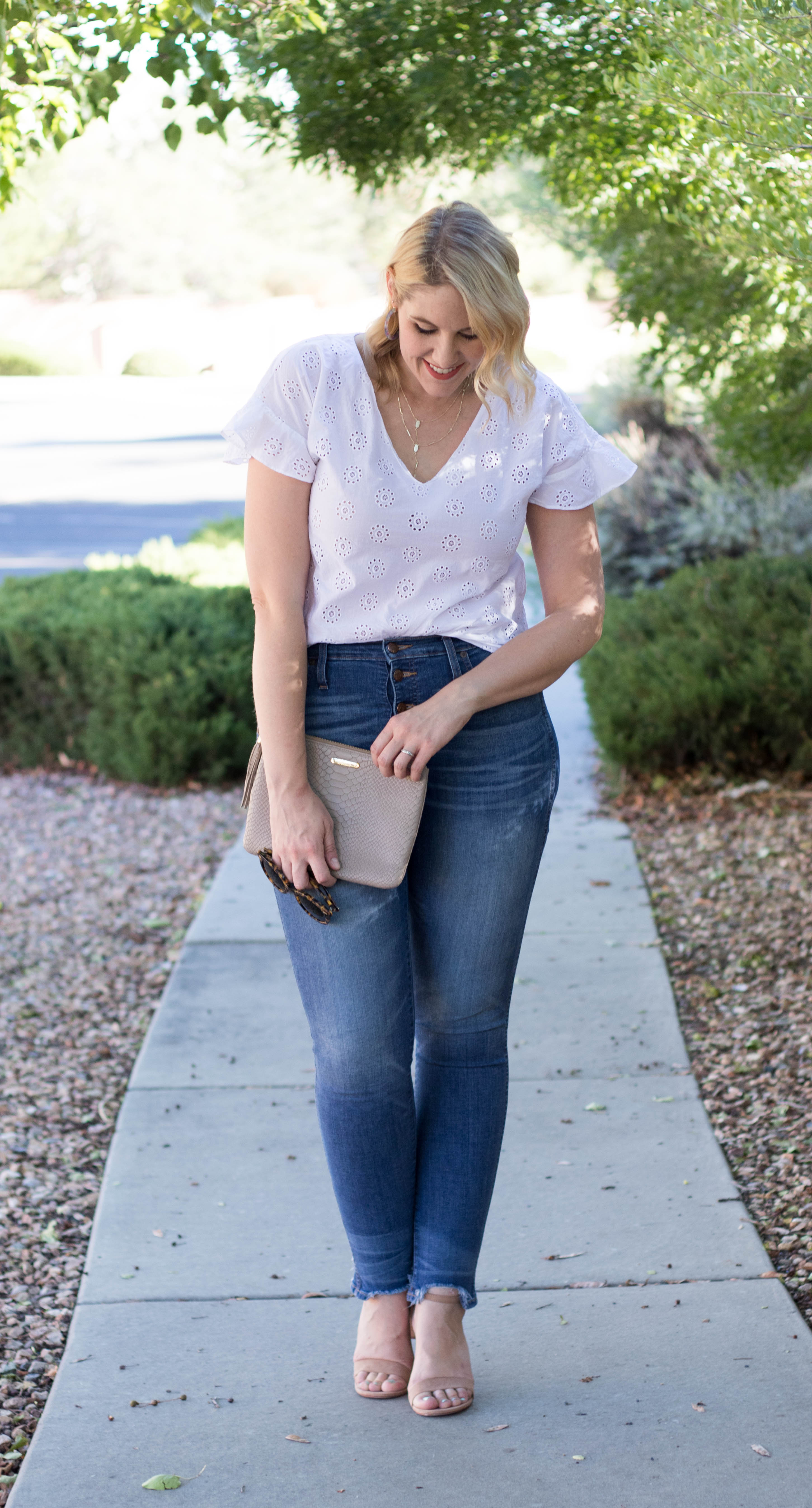 madewell top and jeans outfit #madewell #madewelljeans #curvyfashion
