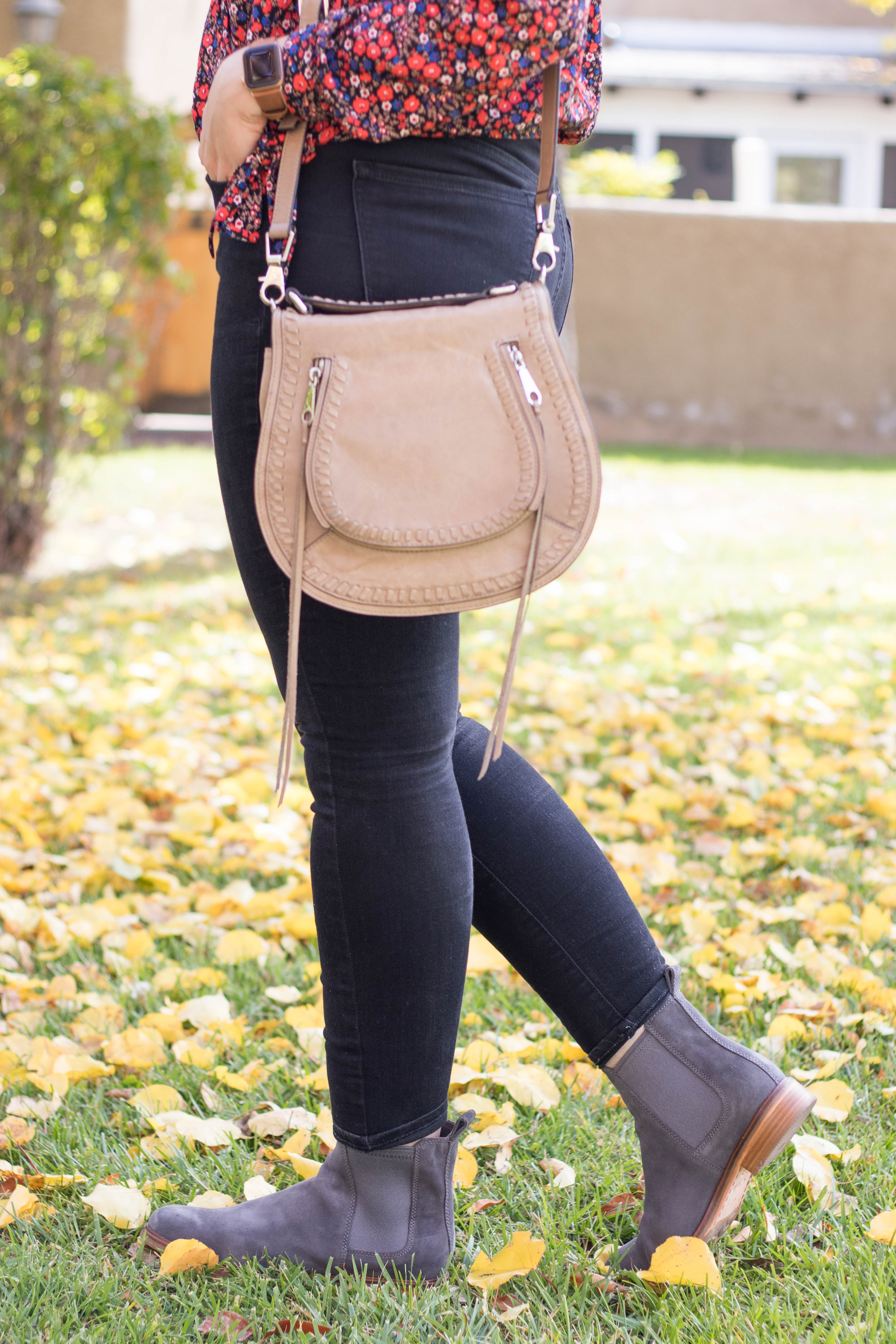 clarks gray ankle boots #clarks #ankleboots #rebeccaminkoff