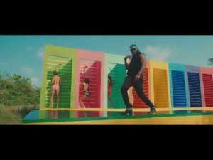 VIDEO: Flavour – Looking Nyash