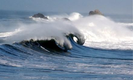 Más fuerte que las olas