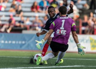 Dane Richards and Jimmy Maurer go head to head (Photo: Indy Eleven)