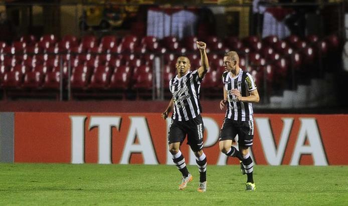 O atacante Rafael Costa marcou seus dois primeiros gols com a camisa do Vozão