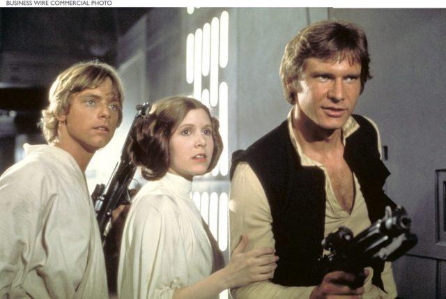 Merlin_692730-1024x686 Dia da Toalha | A Quarenta anos estreava o primeiro Star Wars. Veja o que os críticos disseram sobre o filme na época!