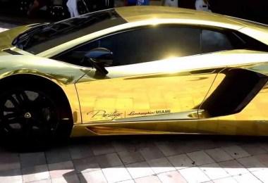 carro ouro - Eles não tem onde colocar dinheiro...Carros de Ouro e Diamante