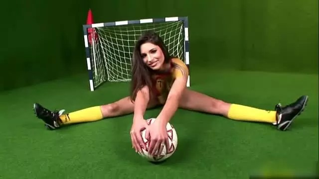 body paint in the romanian football strip youtube 4731 640x360 00008