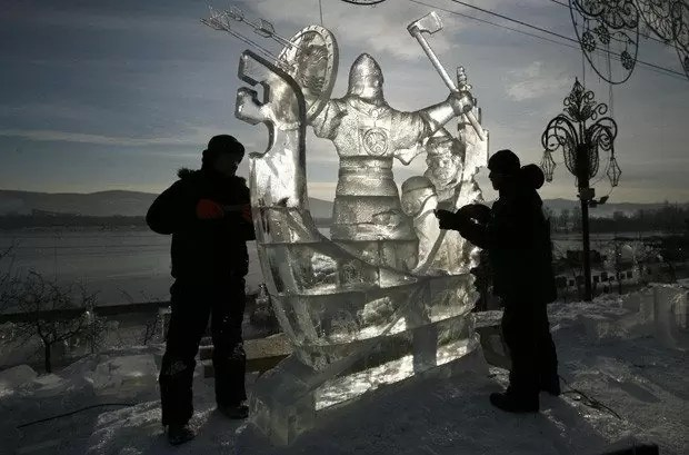 gelo3 - Lindas Esculturas no Gelo pelo Mundo