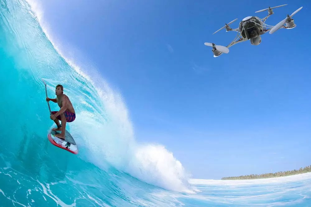 Fotos, Curiosidades, Comunicação, Jornalismo, Marketing, Propaganda, Mídia Interessante drone-filming-surf Surfe Drone agora é a nova moda para quem não tem barco Cotidiano Curiosidades  Surfe Drone agora é a nova moda para quem não tem barco