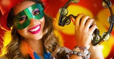 Fotos, Curiosidades, Comunicação, Jornalismo, Marketing, Propaganda, Mídia Interessante carnaval Musical em francês Romeo e Julieta com a canção Les Rois du Monde Música  Musical em francês Romeo e Julieta com a canção Les Rois du Monde