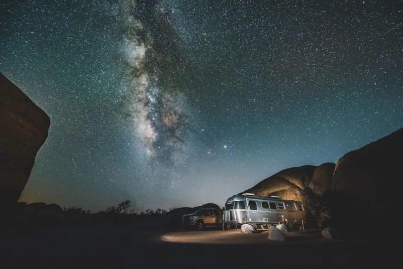 """19 JTnight2 23 5941369877be1  880 - Americano viaja com """"trailer"""" pelo Oeste dos Estados Unidos e tira fotos incríveis"""