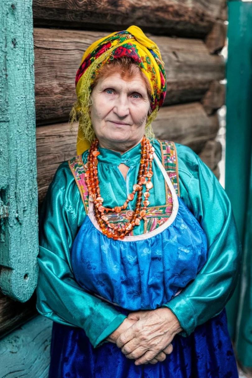 35 Portraits Of Amazing Indigenous People of Siberia From My The World In Faces Project 59476a4bdefd0 880 1 - Fotógrafo faz cliques de pessoas comuns na Sibéria e o resultado é maravilhoso