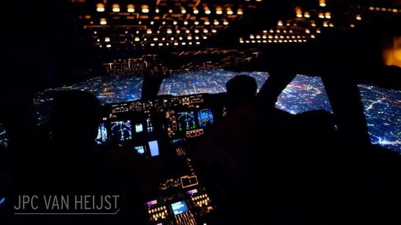 aerial-photos-boeing-747-plane-cockpit-jpc-van-heijst-2-592c0ed10cc59__880