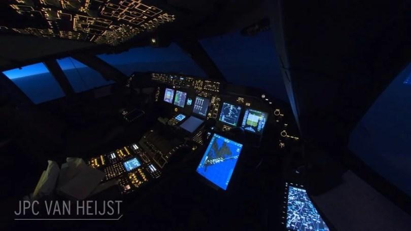 aerial photos boeing 747 plane cockpit jpc van heijst 7 592c0edaa96d3  880 - Piloto tira fotos deslumbrantes dentro do cockpit de um 747