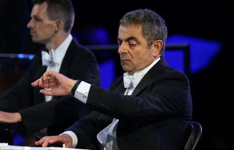 mr.bean  - Olímpidas Londres 2012: Mr. Bean atrapalhava a cerimônia de abertura