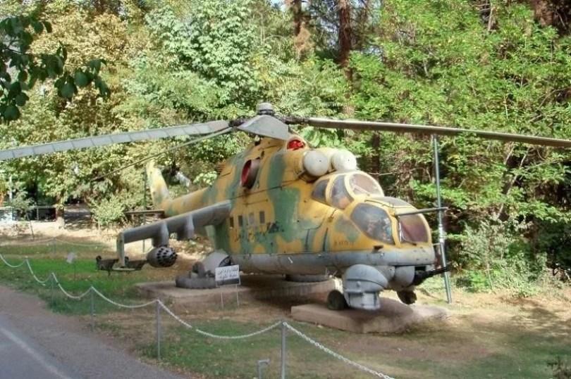helicoptero abandonado 2 - Imagens de helicópteros e aviões abandonados