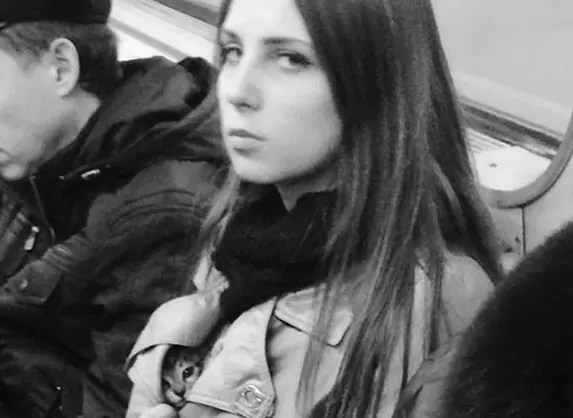 mulher gatinho metro - Metrô - Um lugar que se vê de tudo