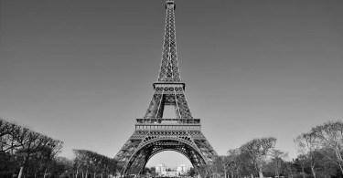 Fotos, Curiosidades, Comunicação, Jornalismo, Marketing, Propaganda, Mídia Interessante torre-eifel-antiga Fotos Vintages de Paris em cores durante a belle Époque Fotos e fatos Turismo  Fotos Vintages