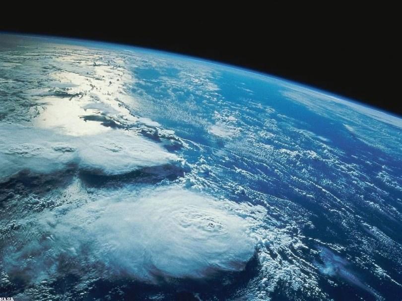 v2terra - Você sabe quando foi tirada a primeira foto da Terra no espaço?