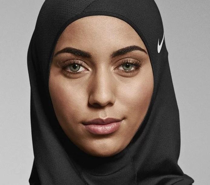 Fotos, Curiosidades, Comunicação, Jornalismo, Marketing, Propaganda, Mídia Interessante Nike-e-a-linha-Hijab Nike e a linha de Hijab que os atletas muçulmanos ajudaram a criar Cotidiano Marketing  Nike e a linha Hijab