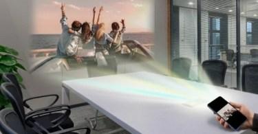 quantum v tem projetor a laser integrado 1504112877001 615x300 - O futuro dos projetores no celular