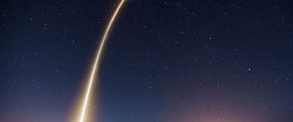 voo espacial - Turismo espacial - Você trocaria seu voo de avião para decolar em um foguete?