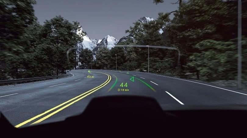 Demonstração feita pela empresa WayRay na CES 2018 – Fonte www.techtudo.com .br  - 4 recursos mais esperados nos carros do futuro