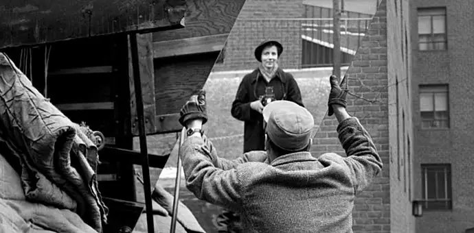 Vivian Dorothea Maier mirror - Fotos perdidas de Vivian Maier do dia a dia americano nas décadas de 50 e 60