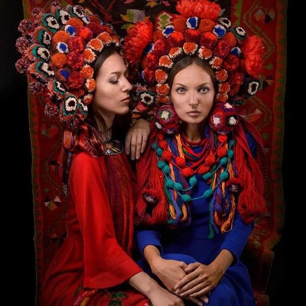 traditional ukrainian flower crowns treti pivni 3 - Mulheres e as coroas florais tradicionais de seu país