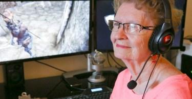 vovo gamer 2 - Vovó gamer | A Youtuber dona de canal mais velha do mundo