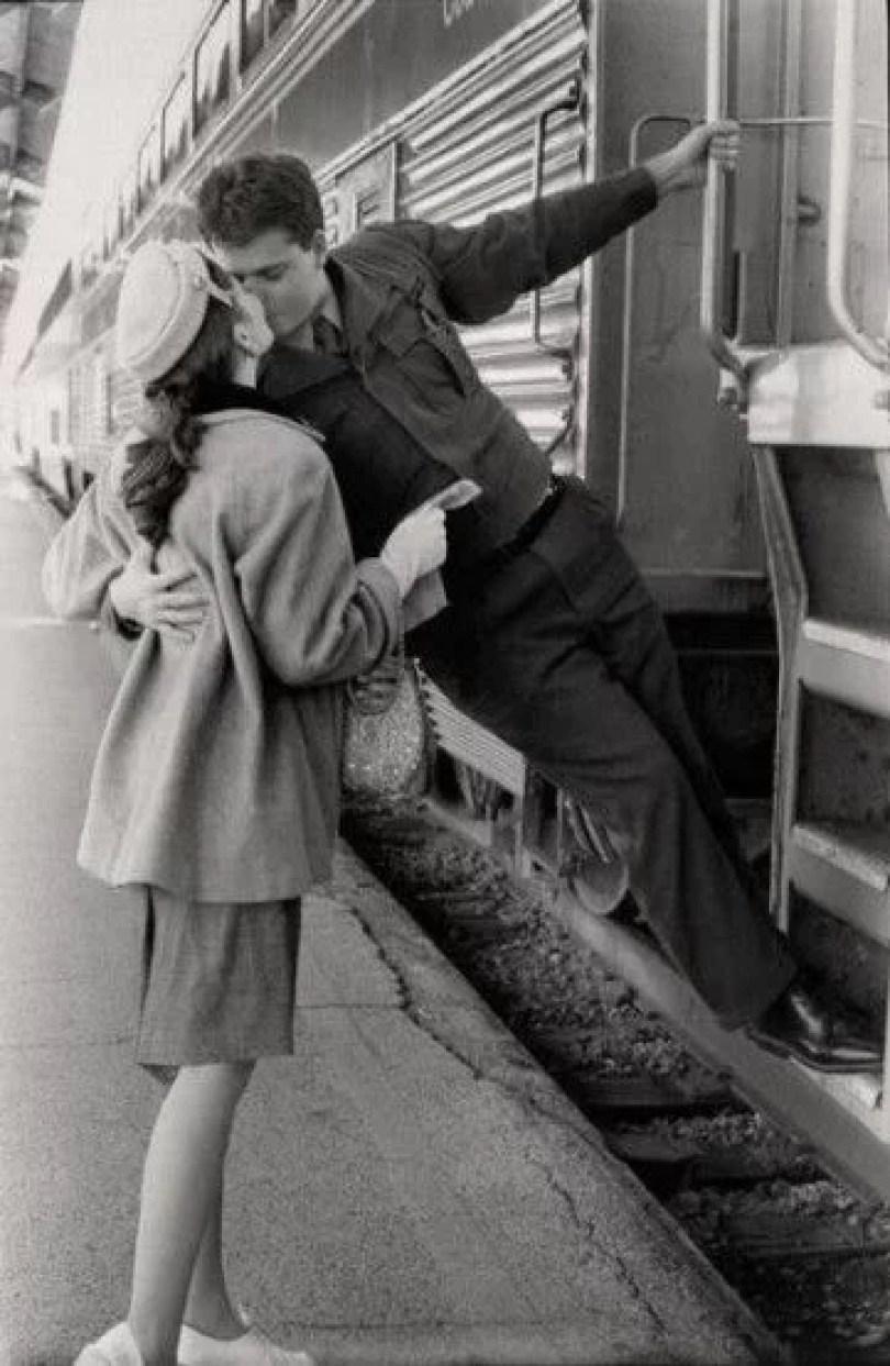 beijo antigo 32 - O beijo no Foto Jornalismo