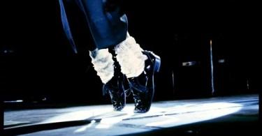 mj feets - 9 Curiosidades de Michael Jackson
