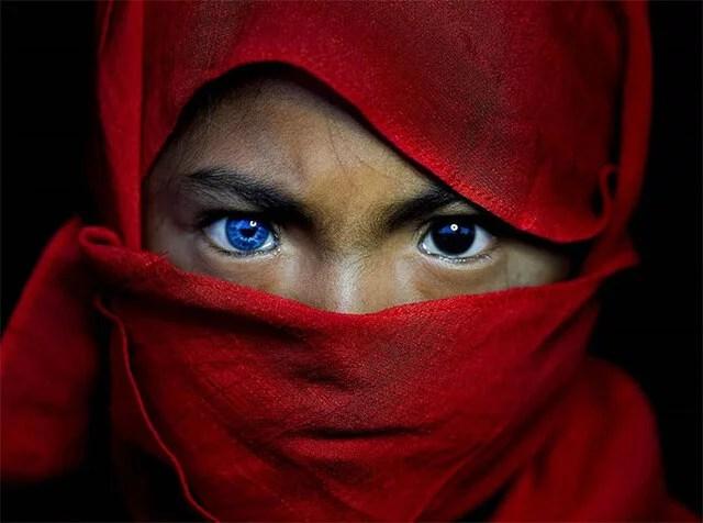Veja o ensaio fotográfico desta Tribo da Indonésia que parou a Internet - Veja o ensaio fotográfico desta Tribo da Indonésia que parou a Internet!