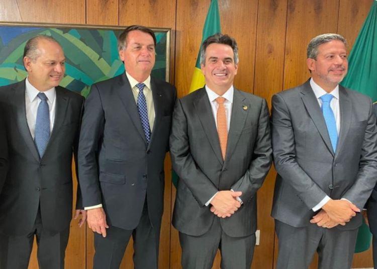 Deputado Ricardo Barros, presidente Jair Bolsonaro, senador Ciro Nogueira e deputado Arthur Lira. Foto: reprodução do perfil no Twitter de Ciro Nogueira