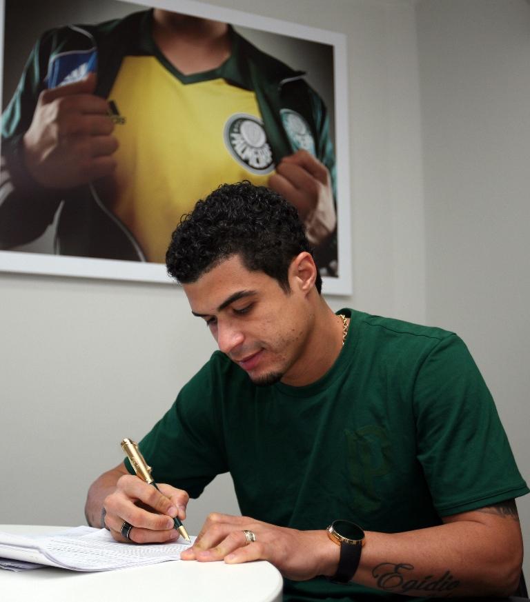 Egídio é o mais novo reforço do Verdão e está ansioso para começar a jogar. (Fábio Menotti/Ag. Palmeiras/Divulgação)