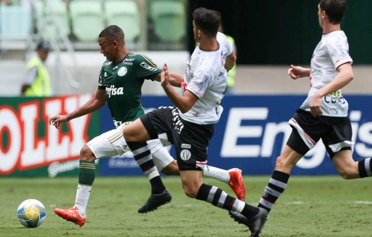 Relacionado pela quarta partida consecutiva, Gabriel Jesus vai mostrando desenvoltura e sonha com primeiro gol (Cesar Greco/Ag. Palmeiras/Divulgação)