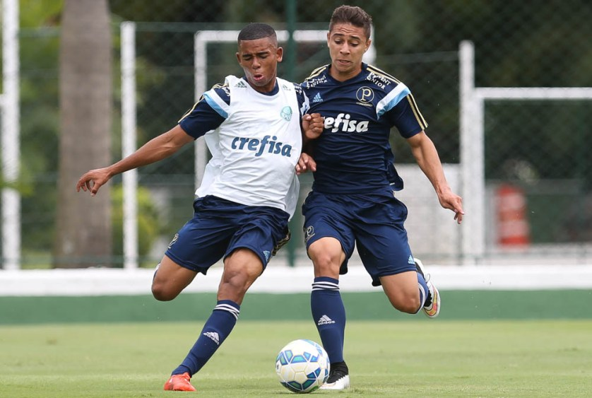De volta da Seleção Sub-23, Gabriel Jesus e João Pedro reforçam o treino desta terça-feira (13). (Cesar Greco/Ag. Palmeiras/Divulgação)