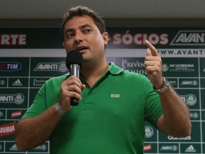 """""""Se não tivesse certeza do Oswaldo, não estaria aqui. Não é nem 100%, é 1000%"""" (Cesar Greco/Ag Palmeiras/Divulgação)"""