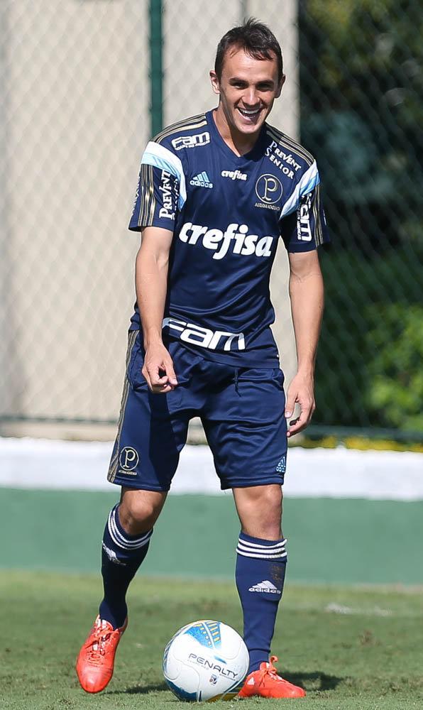 Lucas quer ignorar o bom retrospecto do Verdão (Cesar Greco/Ag Palmeiras/Divulgação)