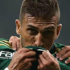 Enquete: Você aprova a renovação do Rafael Marques para 2016?