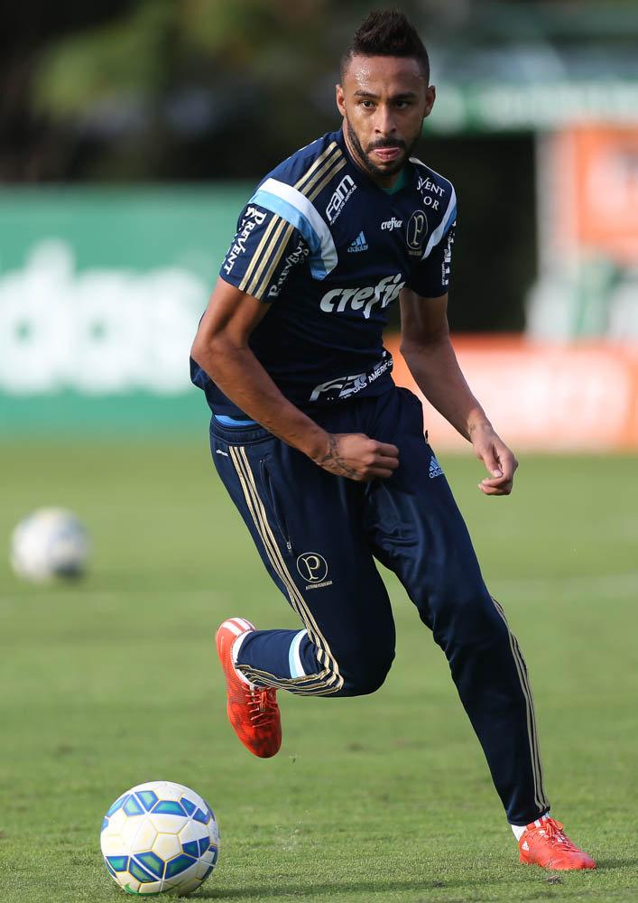Welligton ficará emprestado até o final do ano. (Cesar Greco/Ag. Palmeiras/Divulgação)