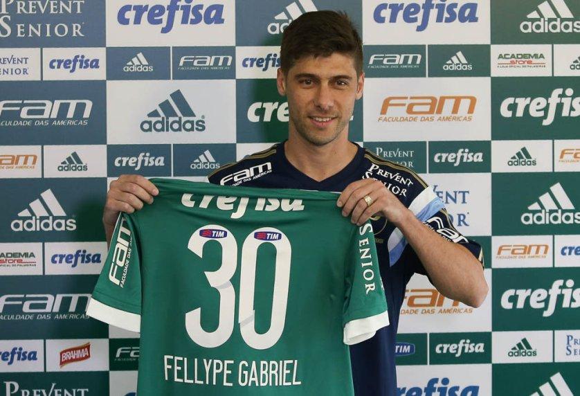 O meia Fellype Gabriel foi apresentado na Academia de Futebol. (Cesar Greco/Ag. Palmeiras/Divulgação)