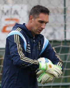 Prass treinou normalmente com os demais goleiros. (Cesar Greco/Ag. Palmeiras/Divulgação)