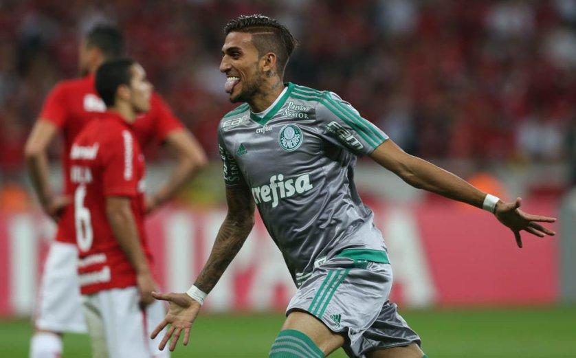 Dudu comemorou empate, mas alertou equipe para jogo de volta. (Cesar Greco/Ag.Palmeiras/Divulgação)