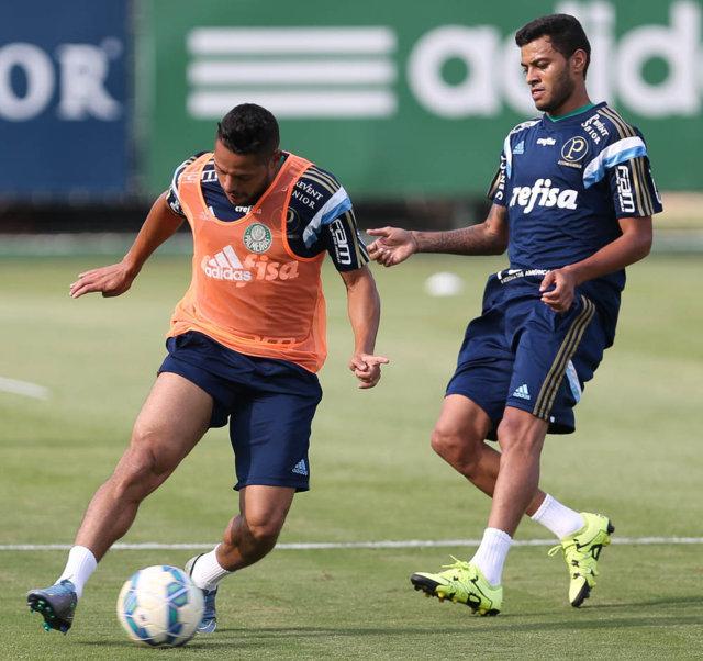 Xavier treinou com o grupo na tarde desta segunda (26), na Academia. (Cesar Greco/Ag.Palmeiras/Divulgação)