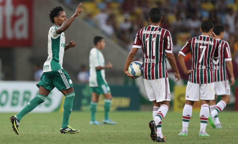 Zé Roberto, de pênalti, marcou o gol do Palmeiras no Maracanã. (Cesar Greco/Ag. Palmeiras/Divulgação)
