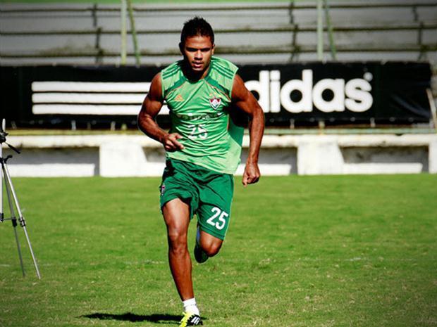 Palmeiras encaminha acerto com Fernando Bob para reforçar a equipe em 2016. (Divulgação)