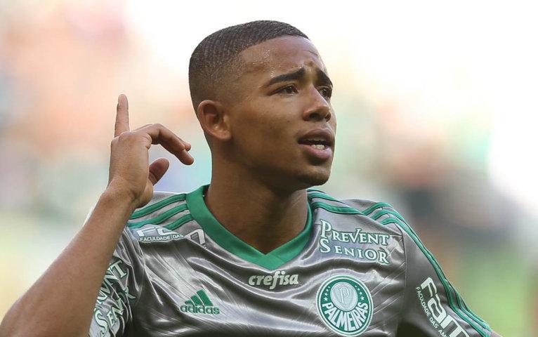 No seu primeiro ano como profissional, Gabriel Jesus marcou sete gols com a camisa do Verdão. (Cesar Greco/Ag.Palmeiras/Divulgação)