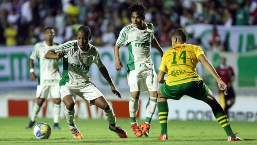 Palmeiras esbarra no Estanciano, mas segue na zona de classificação do grupo 25. (Fabio Menotti/Ag.Palmeiras/Divulgação)