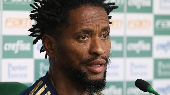Aos 41 anos, Zé Roberto tem 55 jogos com a camisa do Palmeiras. (Cesar Greco/Ag.Palmeiras/Divulgação)